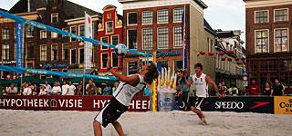Footvolley op de Grote Markt